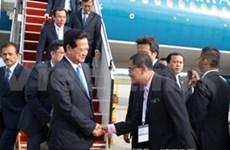 Premier vietnamita arriba a Malasia por Cumbre ASEAN