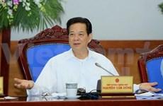 Urge premier vietnamita impulsar desarrollo multisectorial
