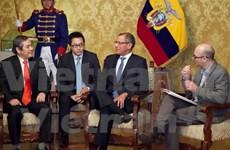 Embajador vietnamita entregó en Quito sus cartas credenciales al presidente interino