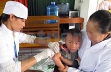 Autorizan uso de vacuna mixta contra sarampión y rubéola