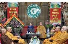Congratulan fiesta budista de Vesak 2015