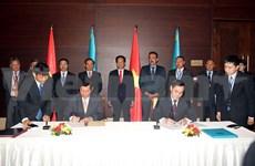 Vietnam y Kazajstán suscriben acuerdos de cooperación