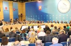 Vietnam asiste a congreso de prensa en idioma ruso