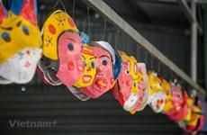 Aldea de oficio de Ong Hao produce juguetes tradicionales en fiesta de Medio Otoño