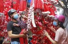 Ambiente navideño en localidades vietnamitas