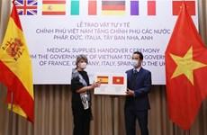 Vietnam entrega mascarillas antibacteriales a países europeos