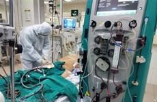 Decenas de personas se ofrecen para ayudar a paciente británico grave con COVID-19 en Vietnam