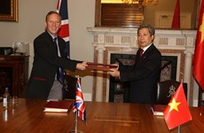 Vietnam y Reino Unido firman tratado de libre comercio bilateral