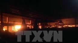 Incendio de mercado de vietnamitas en Australia deja graves pérdidas materiales