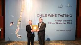 Reconoce Embajada de Chile a destacado sommelier vietnamita