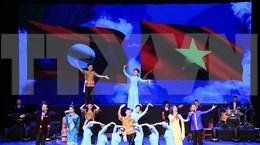[Fotos] Semana Cultural de Vietnam en Laos