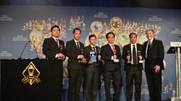 Recibe billetera electrónica de Viettel Laurel de Oro en Premios Internacionales de Negocios