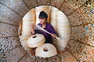 Aldeas de oficios tradicionales de Vietnam enfrentan dificultades en era de la revolución industrial