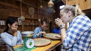 K´Ho Café apreciado por clientes nacionales y extranjeros