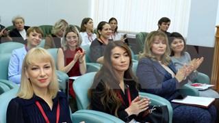 Uniones de mujeres de Vietnam y Rusia intensifican cooperación