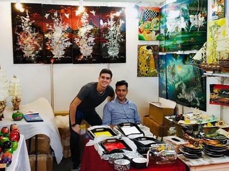Promocionan productos artesanales de vietnam en la india - Productos de la india ...