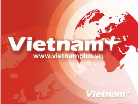 Dirigentes vietnamitas entregan regalos a personas desfavorecidas con motivo del Tet