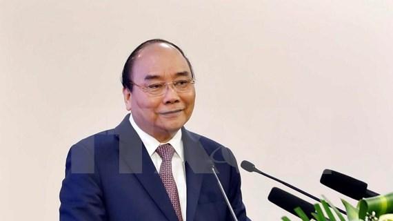 Resalta premier vietnamita contribuciones de militares jóvenes