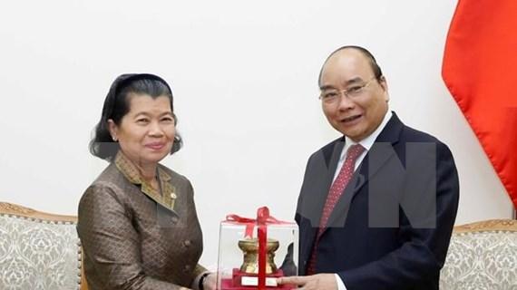 Reitera premier vietnamita respaldo a Camboya en formación del personal de inspección