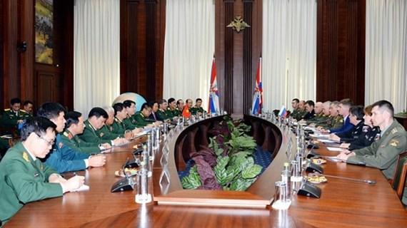 Profundizan Vietnam y Rusia relaciones en defensa