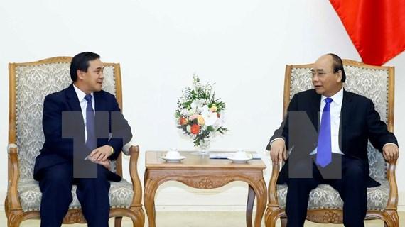Recibe primer ministro vietnamita a nuevo embajador laosiano