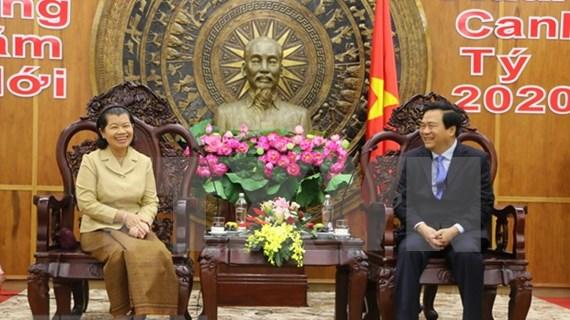 Viceprimera ministra de Camboya felicita a provincia vietnamita por el Tet