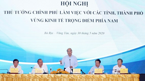 Premier de Vietnam exige estimular avance de la zona económica clave del Sur