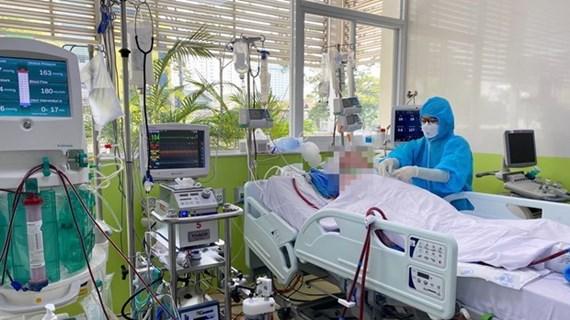 A contrarreloj, búsqueda de donante para el paciente más grave de COVID-19 en Vietnam