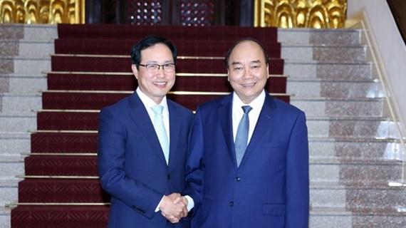 Premier afirma su apoyo a la operación de Samsung en Vietnam