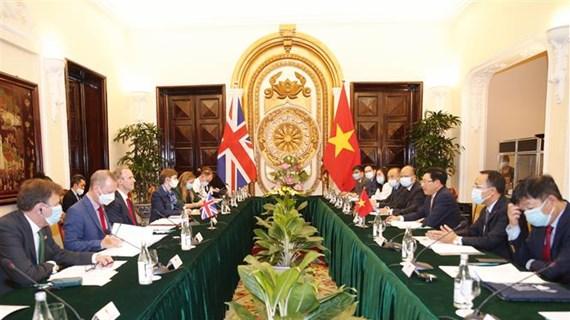 Vietnam y Reino Unido sostienen diálogo integral sobre cooperación bilateral