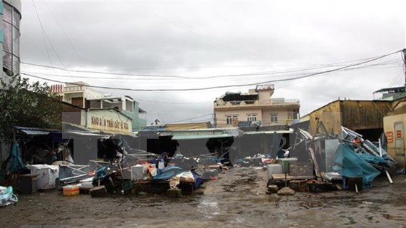 Viceprimer ministro de Vietnam instruye medidas para superar consecuencias de tifón