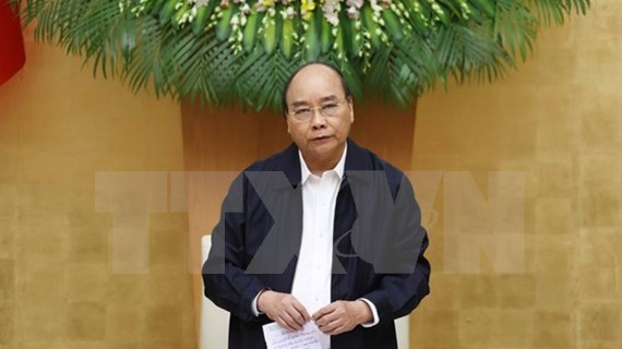 Premier de Vietnam exhorta a reforzar productividad para compensar pérdidas por desastres naturales