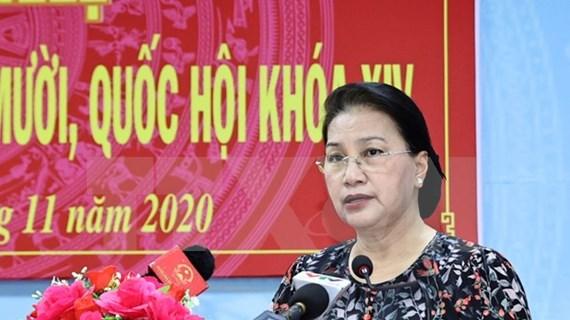 Presidenta del Parlamento destaca perspectiva económica de Vietnam en encuentro con electores