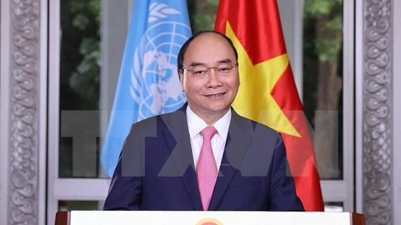 Premier de Vietnam pide promover cooperación internacional para repeler el COVID-19