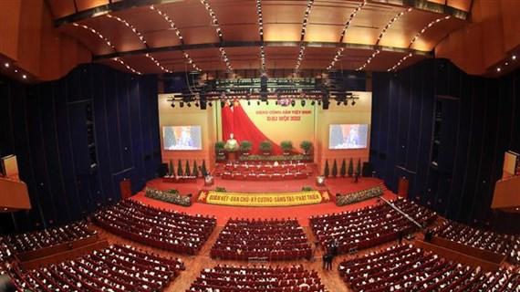 Proponen en XIII Congreso Nacional partidista soluciones para el desarrollo vietnamita en próximo período