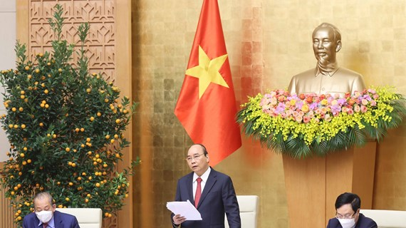 Primer ministro de Vietnam exhorta a mayores esfuerzos para alcanzar crecimiento económico de 6,5 por ciento