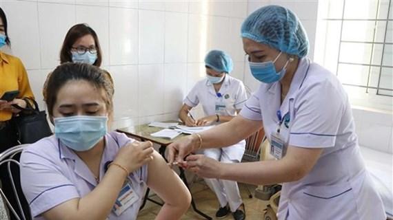 Casi 68 mil personas vacunadas contra COVID-19 en Vietnam