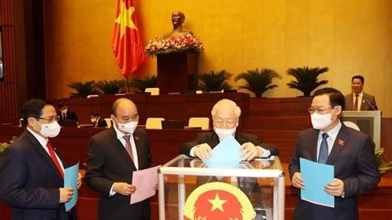 Asamblea Nacional de Vietnam ratifica cargos de Viceprimeros ministros
