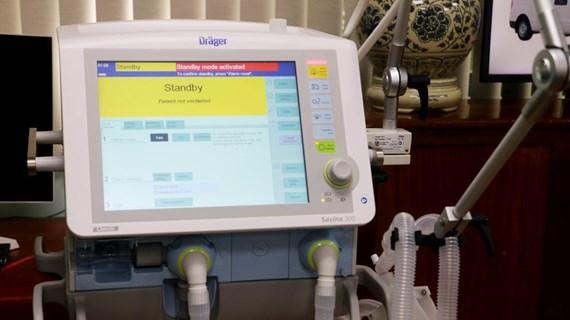 Vietnam invierte más en adquirir equipos médicos para el control del COVID-19