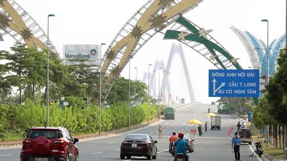 Hanoi facilita circulación de personas y vehículos en puntos de control epidémico