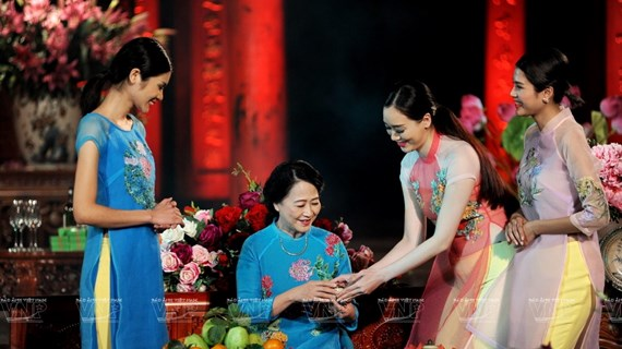 Ao Dai, patrimonio cultural de Vietnam
