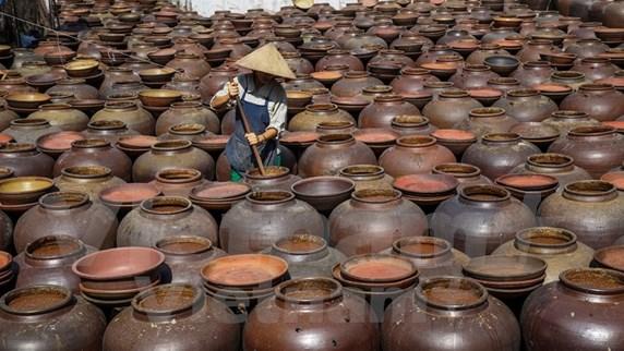 [Foto] Salsa de soja, una delicadeza de la provincia vietnamita de Hung Yen