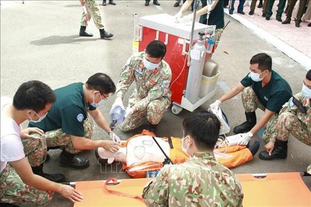 Fuerzas de mantenimiento de la paz contribuyen a mejorar la posicion de Vietnam hinh anh 1