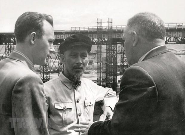 Memorias sobre el Presidente Ho Chi Minh en Rusia hinh anh 2