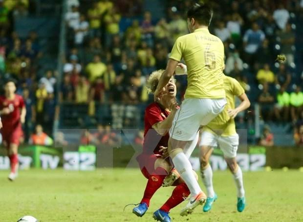 [Foto] Vietnam vence 1-0 a Tailandia en la Copa del Rey hinh anh 2