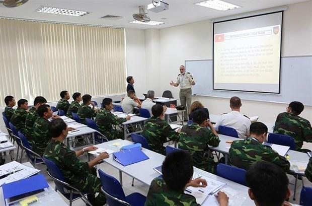 [Foto] Vietnam reitera compromiso de contribuir a la paz mundial hinh anh 6