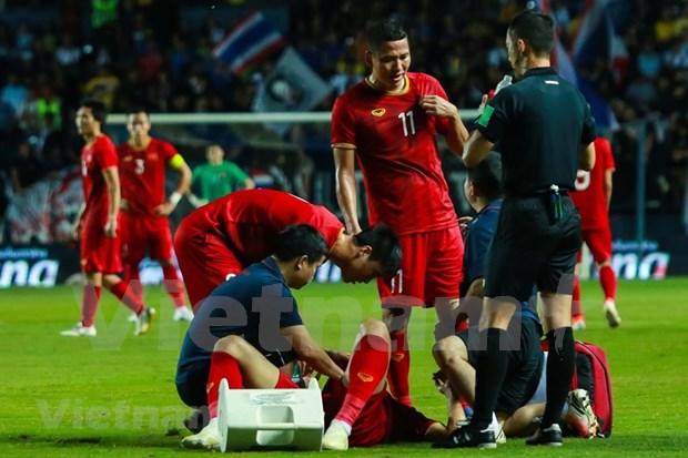 [Foto] Vietnam vence 1-0 a Tailandia en la Copa del Rey hinh anh 5