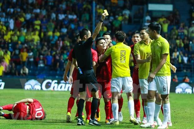 [Foto] Vietnam vence 1-0 a Tailandia en la Copa del Rey hinh anh 9