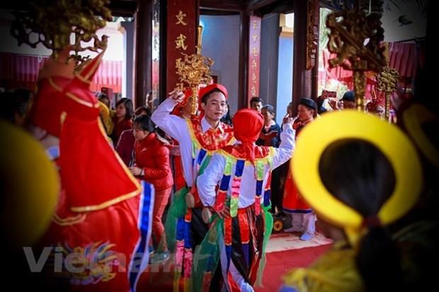 Hanoi dispone de otros dos patrimonios culturales nacionales intangibles hinh anh 1