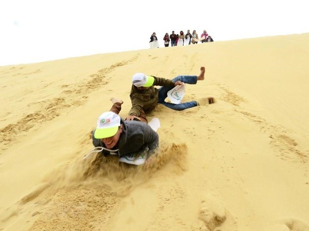 [Video] Experimentar las dunas de arena en Mui Ne hinh anh 1